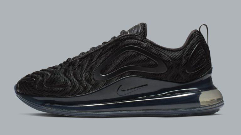 "Nike Air Max 720 ,,Triple Black"" z bliska"