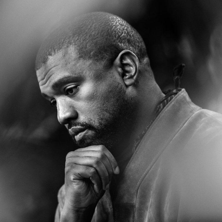 """""""Jestem poza ich kontrolą"""". Kanye West o pomocy A$AP Rocky'emu, Trumpie i krytyce"""