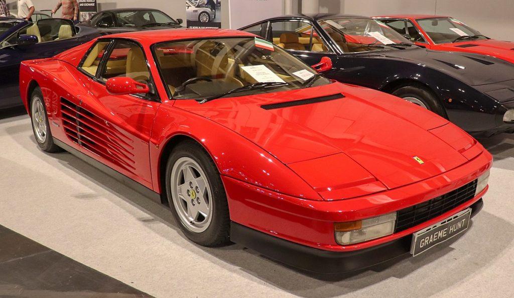 Wygląd Ferrari. Model Testarossa