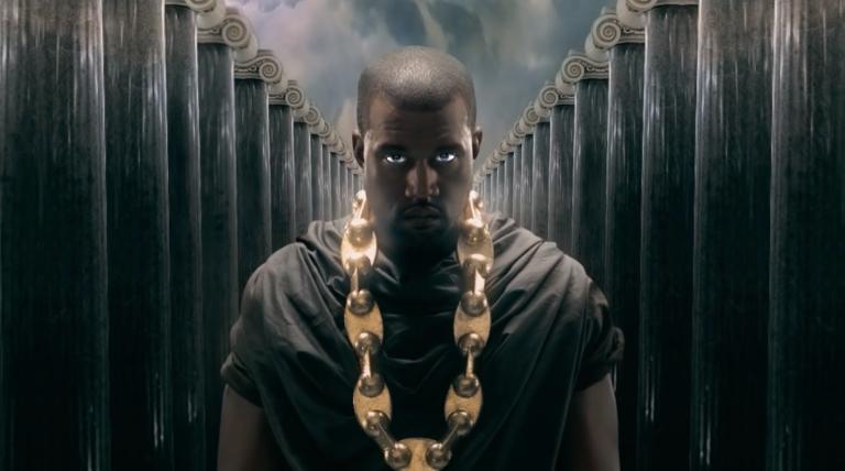 """""""MBDTF"""" właśnie skończyło 10 lat! Dlaczego to tak ważny album w karierze Kanye Westa?"""
