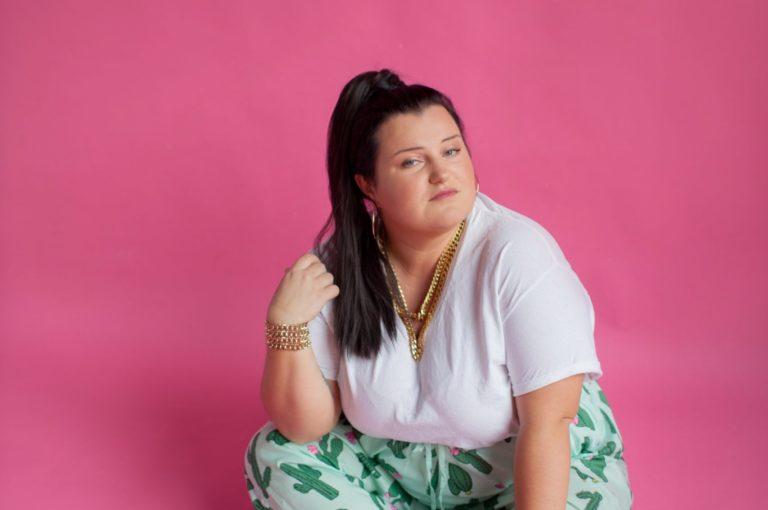 Alyona Alyona: Wielu ludzi chce, abym była jak Cardi B i emanowała seksem [WYWIAD]